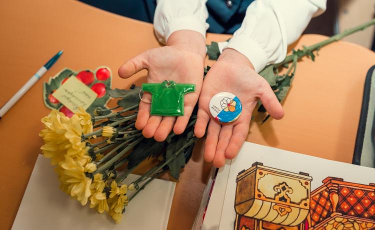 Как «Цветы жизни» помогают тяжелобольным детям весь год