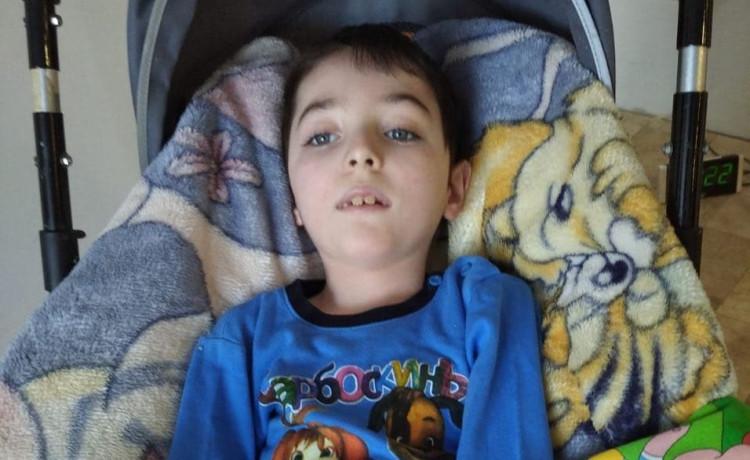 Ване не хватает кислорода. Помочь ему может медоборудование на сотни тысяч рублей
