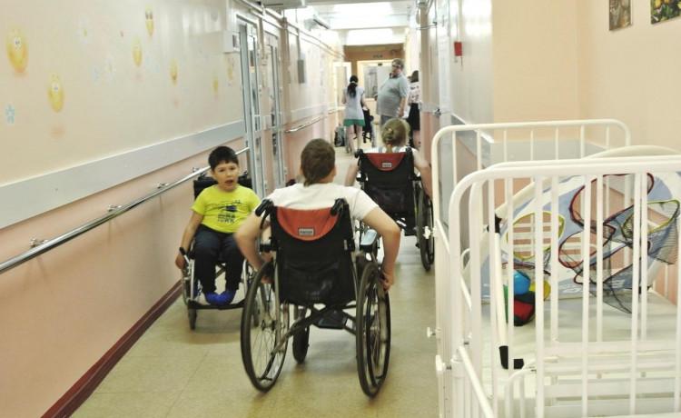 Больница превратилась в детский лагерь