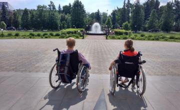 Фонд «Дедморозим» издаст учебники по возвращению будущего сиротам-инвалидам