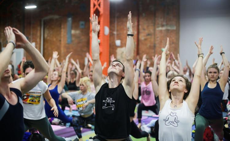 Йога-марафон «Дышать» пройдет онлайн. Присоединяйтесь, где бы вы ни были!