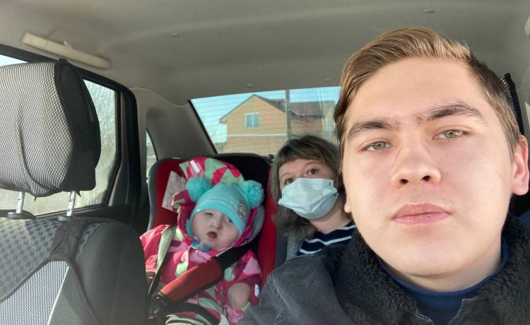 «На душе после поездки хорошо»: автоволонтёр помог маленькой Ксюше добраться до стоматолога
