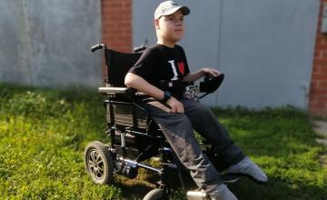 Из инвалидной коляски в гоночный автомобиль
