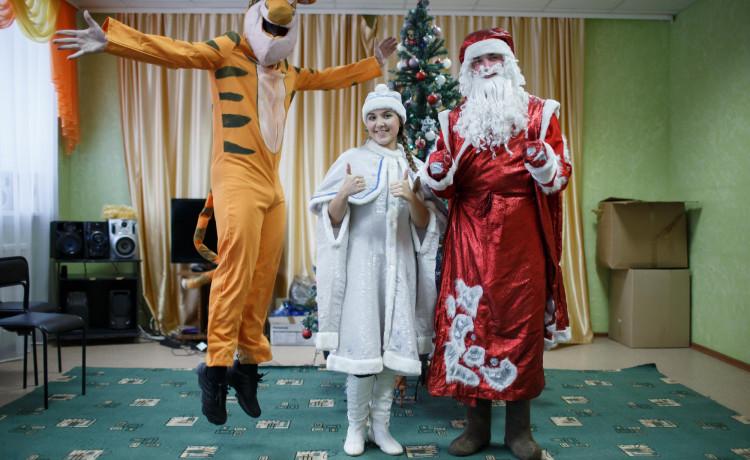 Я стал Дедом Морозом для ребёнка из детдома. Чем ещё я могу помочь?