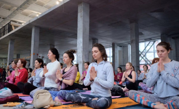 Участники йога-марафона «Дышать» обеспечили детей дыханием в Новом году