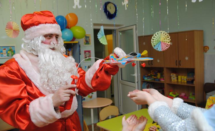 Общий сбор новогодних желаний пройдёт в эти выходные. Приходите, чтобы исполнить детскую мечту!