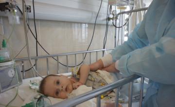 Младенец из Пермского края может спасти сотни детей от смертельной болезни
