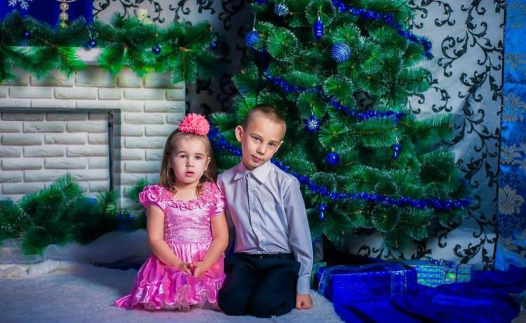 Помогите 5-летней девочке спасти старшего брата
