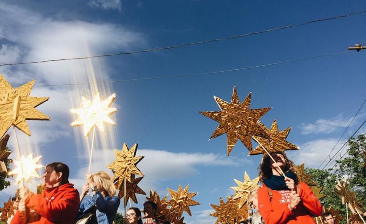 Запустили звёзды ради семилетней девочки Даши