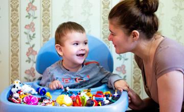 Двухлетнему Виталику нужно оставаться сильным ради мамы и сестёр
