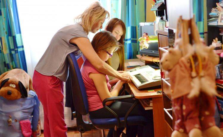 Открыта вакансия! Служба качества жизни ищет координатора помощи семьям