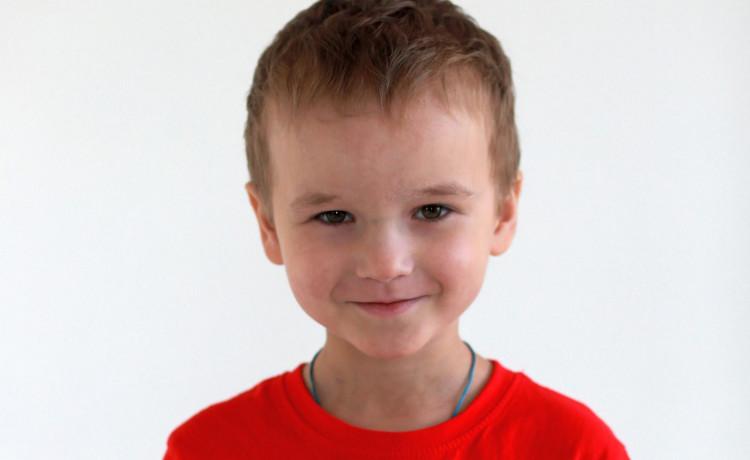В Перми 5-летний мальчик призывает взрослых поделиться лекарством от рака