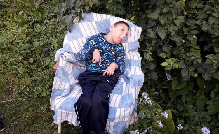 Врачи говорили, что Кирилл не доживёт и до года. Мальчик выжил, но ему не обойтись без вашей помощи