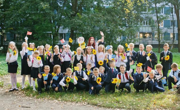 Более 6 тысяч школьников присоединились к акции «Цветы жизни»