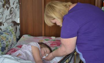 «Болезнь, не дерзи!» 9-летняя Женя Мальцева из Горнозаводска учится жить заново